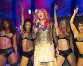 Cher performs at Dance on the Pier (slide show) | Glam Mag | Scoop.it