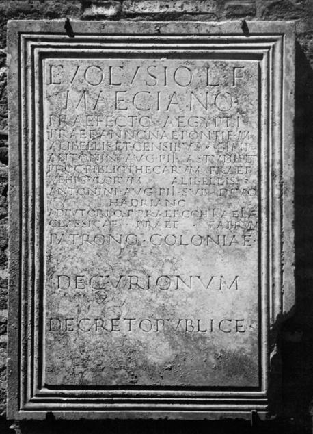 Breve historia de los bibliotecarios romanos (I). Los bibliotecarios públicos   Roma Antigua   Scoop.it