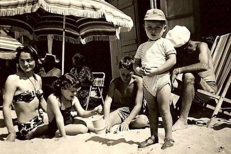 À quoi ressemblaient nos vacances autrefois?/Vacances à la mer   Ele &Fle Twitts   Scoop.it