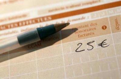 C à 25euros: la CNAM menace lesmédecins généralistes   Politiques de santé   Scoop.it