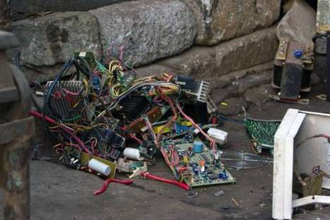 E-waste: Annual Gold, Silver 'Deposits' in New High-tech Goods Worth $21B; Less Than 15% Recovered | Amazing Science | Scoop.it