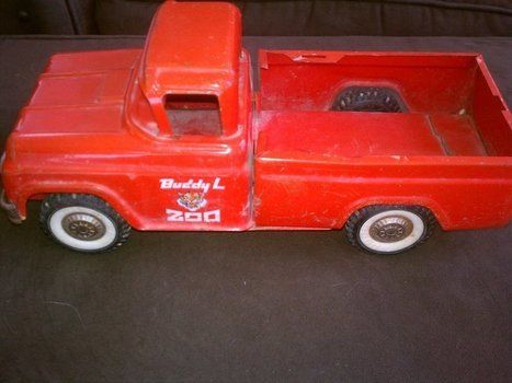 *Vintage* Buddy-L Travelling Zoo Antique Truck - Red / 1950's | Antiques & Vintage Collectibles | Scoop.it