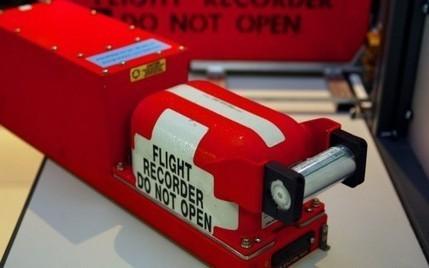 Avion de Malaysia Airlines disparu : l'urgence, retrouver les boîtes noires - RTL.fr   Actuality   Scoop.it