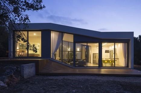 Maison contemporaine au discret charme du desig for Maison minimaliste