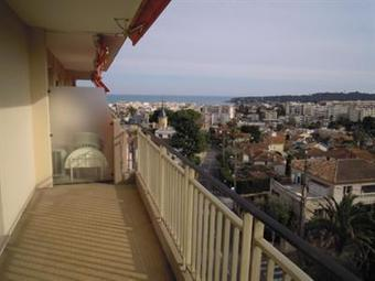 Immobilier Antibes,agence immobiliere Antibes,vente location appartement maison | roby | Scoop.it