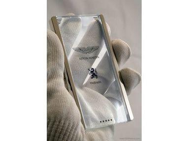 Meet the Transparent Aston Martin Android Phone | A Drunk Designer | Scoop.it