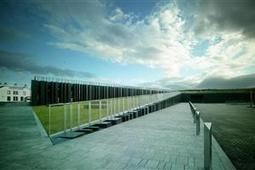 Giant's Causeway Visitor Centre - A Public Sector Agent of Tourism Development   Travel and Tourism Case Studies   Scoop.it
