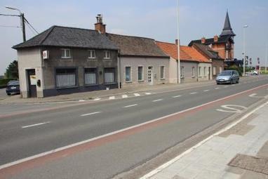 Pecq: Dodo la Saumure ouvre un bordel juste à côté du Minoï, un club échangiste   Belgique proxénétisme   Scoop.it