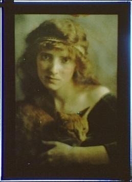 1910: Buzzer the Studio Cat | Good Advice | Scoop.it
