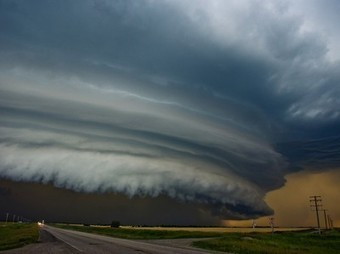 Shelf Cloud Picture -- Weather Wallpaper -- National Geographic Photo of the Day | Tornado | Scoop.it