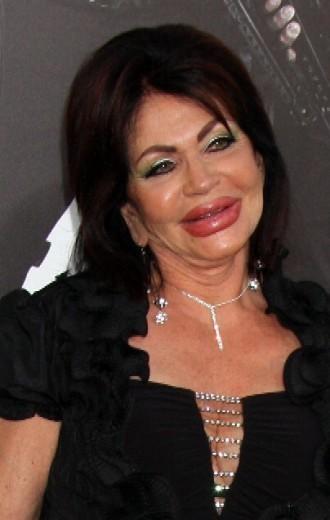 Troppo botox Jackie, a 90 anni la madre di Stallone esagera con il ritocco - Repubblica.it   JIMIPARADISE!   Scoop.it