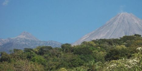 Mexique : Le volcan Colima, l'un des plus actifs du pays, est entré en éruption. Evacuation de 300 personnes | The Blog's Revue by OlivierSC | Scoop.it
