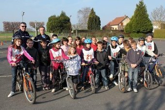 Zoom sur la sécurité routière a l'école | RoBot cyclotourisme | Scoop.it