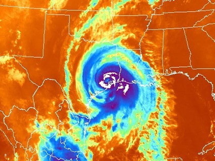 Putting the Eyes of the Crowd Into the Eye of Hurricanes - Climate Central | Citizen Science in Action | Scoop.it
