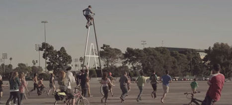 Watch a Guy Ride the World's Tallest Bicycle | Strange days indeed... | Scoop.it