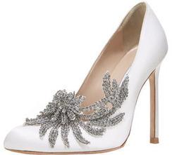 Manolo Blahnik Swan Embellished Satin Pump, White | fashion shoes | Scoop.it