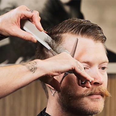 Men's Haircut Technique: Blending Shear Over Comb   Professional Hair Tips & Tutorials   Scoop.it
