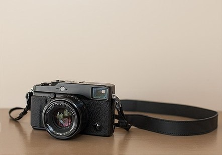 "First Impressions: Using the Fujifilm X-Pro1 | ""Cameras, Camcorders, Pictures, HDR, Gadgets, Films, Movies, Landscapes"" 