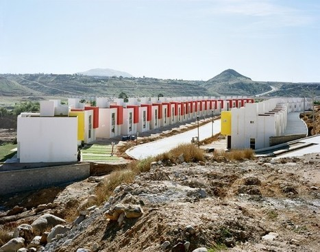 Suburbs Without Borders: Photos of American Sprawl in Mexico | Unit 7 (Urban Development) | Scoop.it