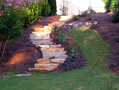 Sprucing up your lawn with lights, rocks and walkways. | Exterior Home Design | Scoop.it