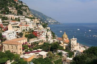 Cliff-hanging towns along Italy's Amalfi Coast | Amalfi Coast Vacations | Scoop.it