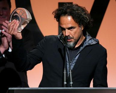 PGA Awards: 'Birdman' Wins Top Film Prize, 'Breaking Bad' Takes Drama Trophy & 'Orange Is The New Black' Nabs Comedy | CINE DIGITAL  ...TIPS, TECNOLOGIA & EQUIPO, CINEMA, CAMERAS | Scoop.it