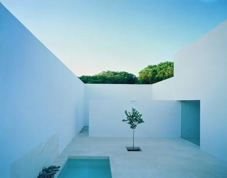 Maison minimaliste blanche avec piscine   Arkko   Scoop.it
