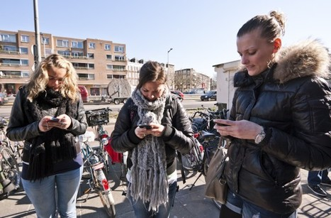 Phone stacking | Mediawijsheid in het VO | Scoop.it