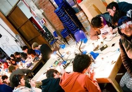 Viens dans mon tiers-lieu, j'organise un hackaton en open source | FabLabs, design, hackerspaces, makerspaces | Scoop.it