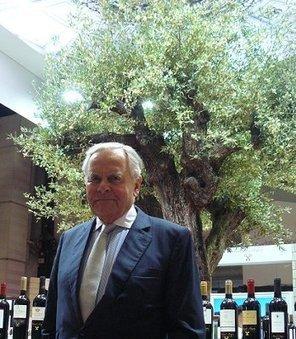 Bernard Magrez : « pour fixer le prix des vins, notre roi c'est le client, pas le voisin ! » | Wine, Life & Geek - entre Bordeaux & Toulouse | Scoop.it