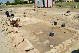 Archéologie : découverte d'un foyer décoré gaulois du IVe siècle avant J.C. à Lattara (Lattes-Montpellier)   L'actu culturelle   Scoop.it