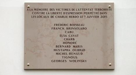 Charlie Hebdo. Wolinski mal orthographié sur la plaque commémorative   Au hasard   Scoop.it