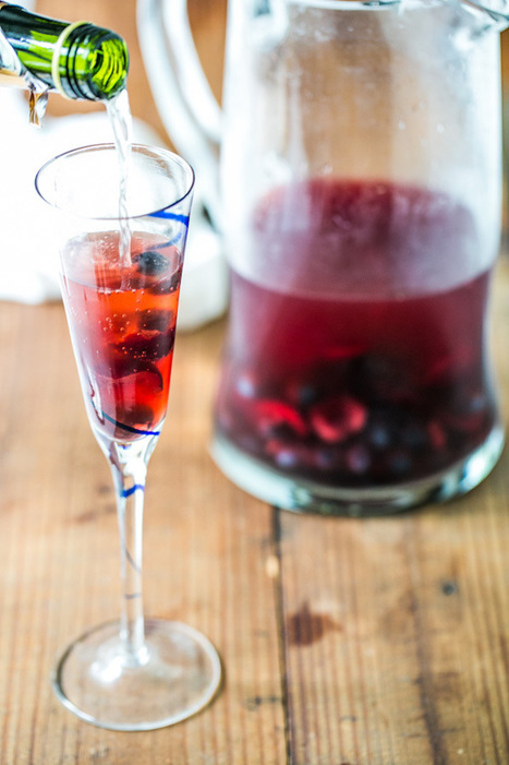 Cherry Blueberry Sparklers {Naturally Sweet} | a Couple Cooks | À Catanada na Cozinha Magazine | Scoop.it