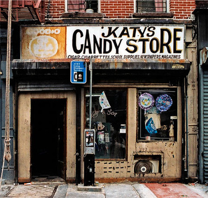 Photographs of Old School Store Fronts Document the Disappearing Face of New York | Photographic Stories | Scoop.it