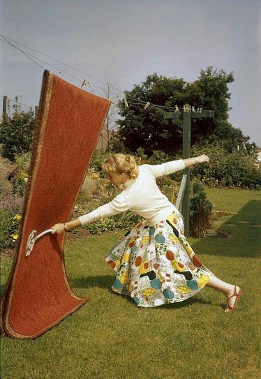 Huisvrouwengymnastiek / Gymnastics for housewives | À bloguer | Scoop.it