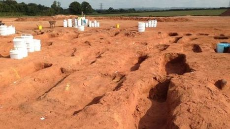 Les Découvertes Archéologiques: Des tombes médiévales découvertes en Angleterre déconcertent les archéologues | Monde médiéval | Scoop.it