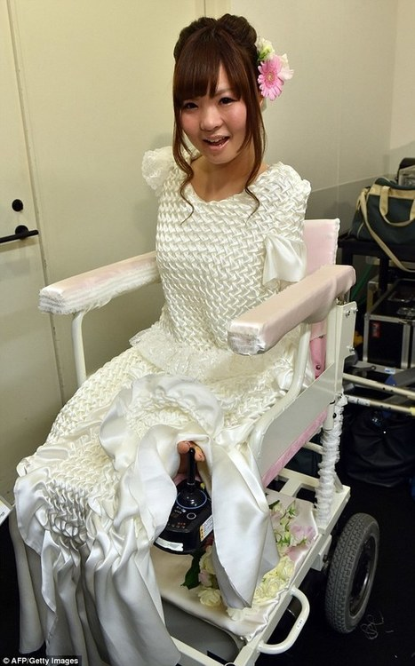 Disabled models take to the catwalk in wheelchairs in Tokyo | Travel Bites &... News | Scoop.it