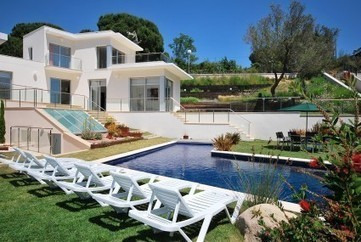 Villas In Girona For Your Holidays | adlercarlton | Scoop.it