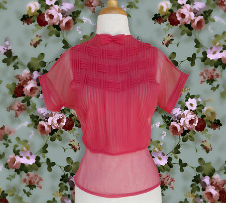 Vintage 1950s Blouse. 40s 50s Sheer Pink Red Pleated Blouse with a Small Bow | DustyDesert vintage | Scoop.it