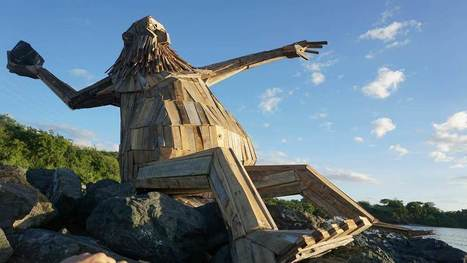 Hector Protector: giant reclaimed wood sculpture by Thomas Dambo in Puerto Rico   1001 Recycling Ideas !   Scoop.it