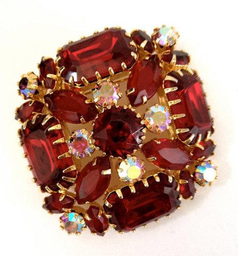 Vintage Red Rhinestone Brooch   Vintage Jewelry   Scoop.it