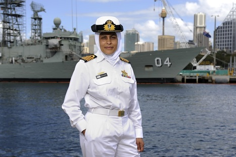 """Captain Mona Shindy"" une femme voilée dans la ""Royal Australian Navy"" 