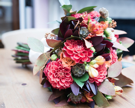 Flower tips for weddings: Stunning Bridal Looks for Autumn Weddings | Same Day Flowers Delivery in London | Scoop.it