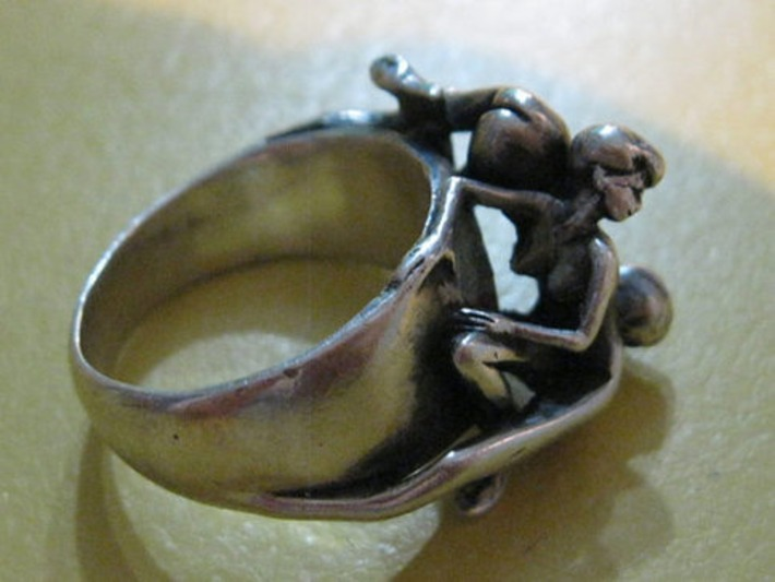 Vintage Sterling Silver nude erotic figural Lesbian Erotica Ring c 1970's size 6.5   Sex History   Scoop.it