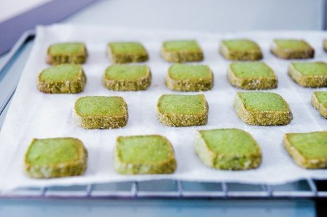 Matcha Shortbread Cookies Recipe - Chocolate & Zucchini | Candy Buffet Weddings, Events, Food Station Buffets and Tea Parties | Scoop.it