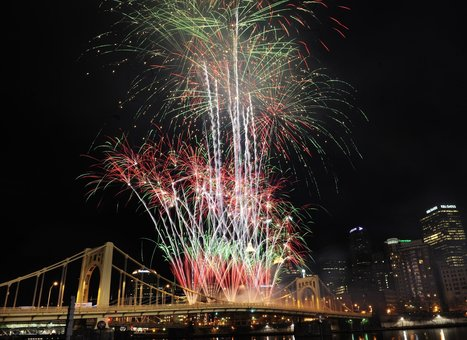 Your guide to Pittsburgh's 2015 Light Up Night | Pittsburgh Pennsylvania | Scoop.it