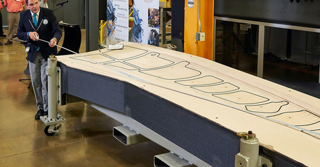 Boeing's new 3D-printed tool for making wings is so big it set a world record | MishMash | Scoop.it