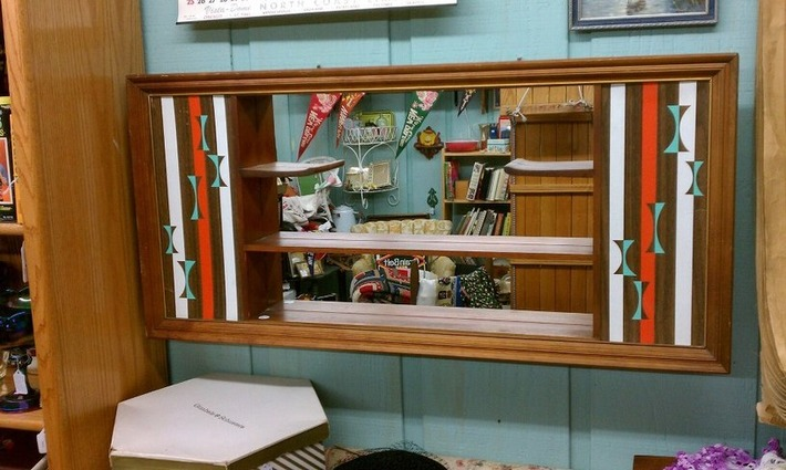 Mid-Century Modern Shelves with Mirror | Antiques & Vintage Collectibles | Scoop.it