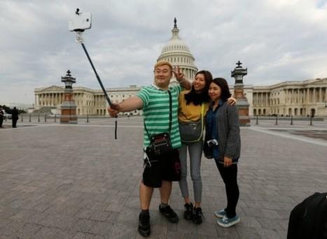 Des musées américains font la chasse aux perches à selfie - Les Inrocks | Dans les musées, la gratuité c'est maintenant! | Scoop.it
