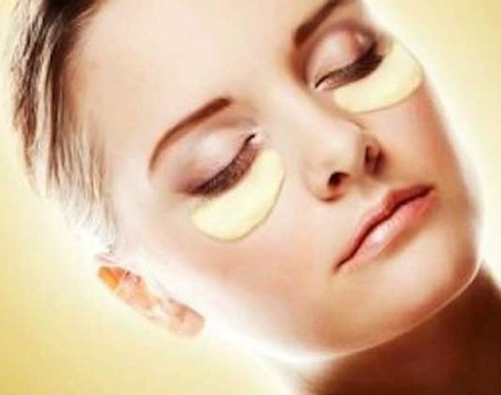 One Shot Mask for Three Under Eye Problems   Natural remedy for under eye problems    effective under-eye mask    how to prevent wrinkles    puffiness and dark cirlces    one remedy for wrinkles   ...   vanitha   Scoop.it